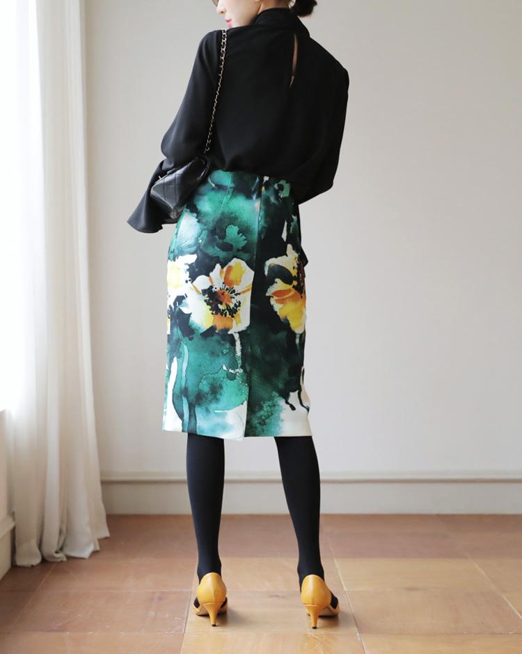 スリットフローラルタイトスカート2