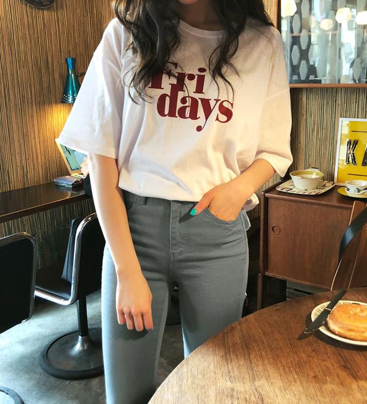 Fri daysハーフスリーブTシャツ