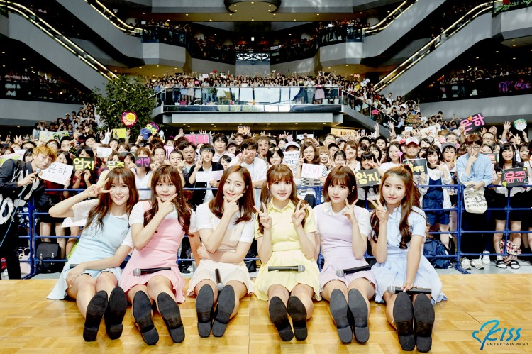 【OFFICIAL REPORT】GFRIEND、日本初上陸!!東京・大阪でプロモーションイベントを開催「皆さん、愛してます!!」