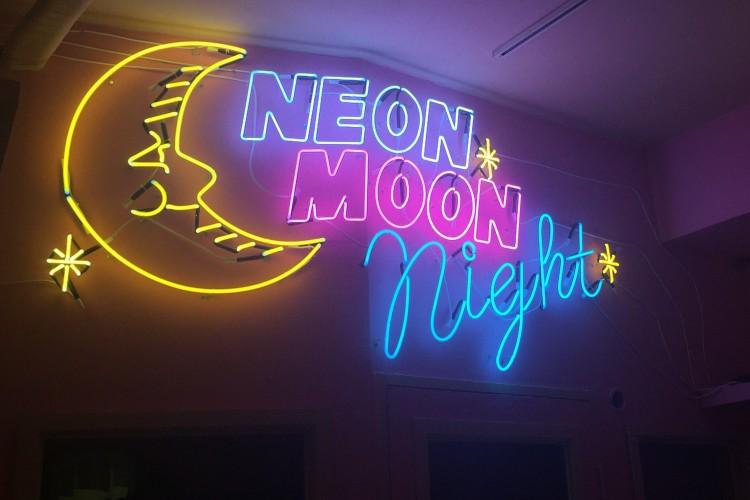 韓国の人気ブランドneon moonが渋谷PARCOでPOP-UP STORE開催!!