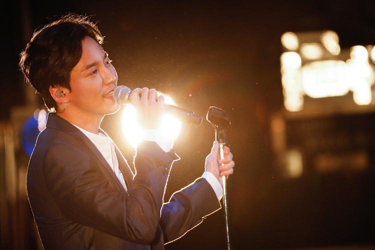 韓国の実力派俳優キム・ナムギルが大阪・埼玉でおよそ1年ぶりのファンミーティングを開催!!