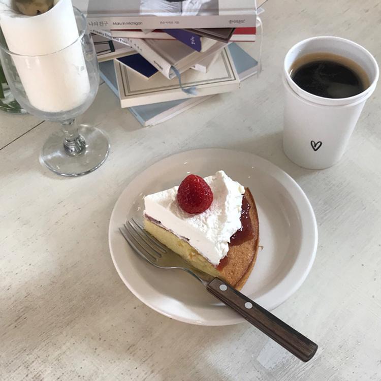 cafe ugly