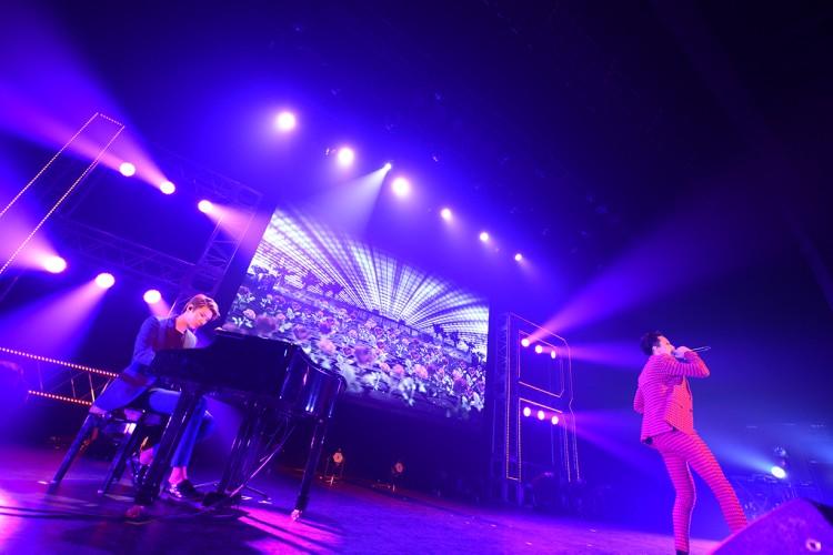 VIXX LRがアルバム「Depend on me」に向けて日本初となるユニットツアーを開催!