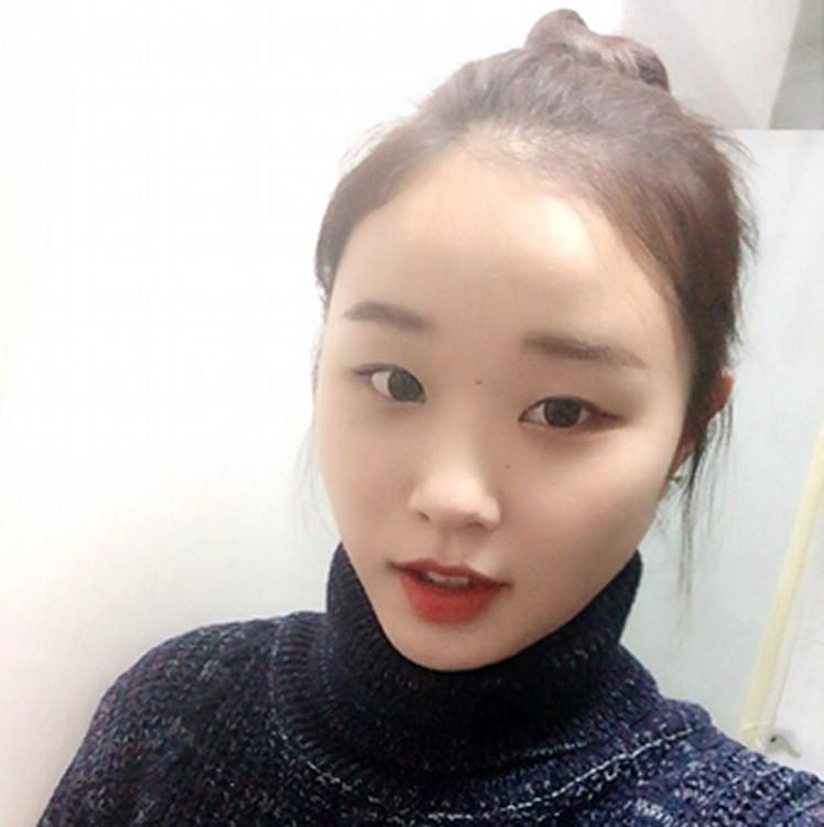 mayu_profile